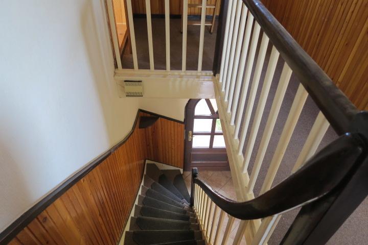 3290-Treppe ins EG