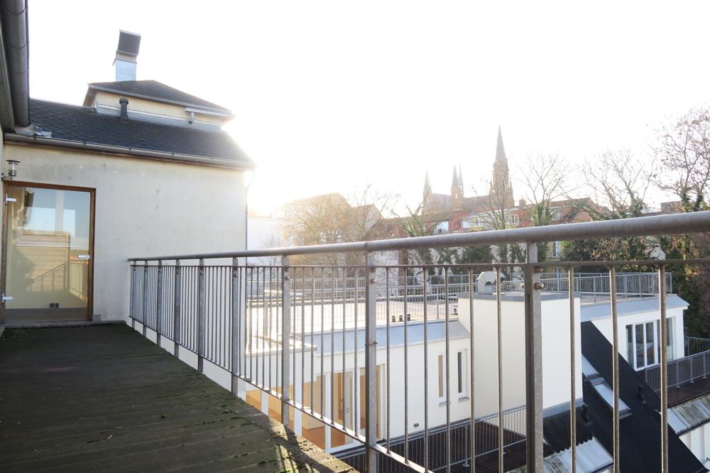 3370-Balkon Ansicht 1