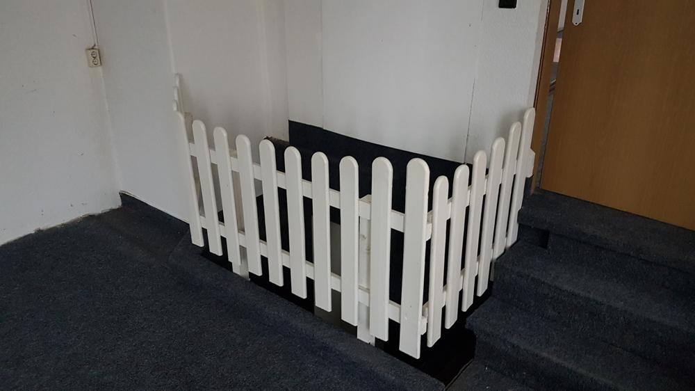 3375-Raum 2 - Abtrennung Treppe zu Toiletten