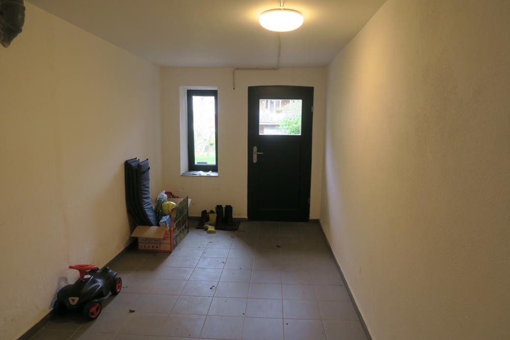 3423-Kellertür zum Garten