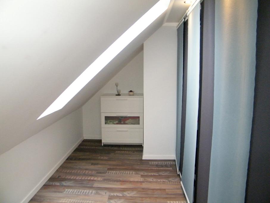 Abstellbereich im Schlafzimmer