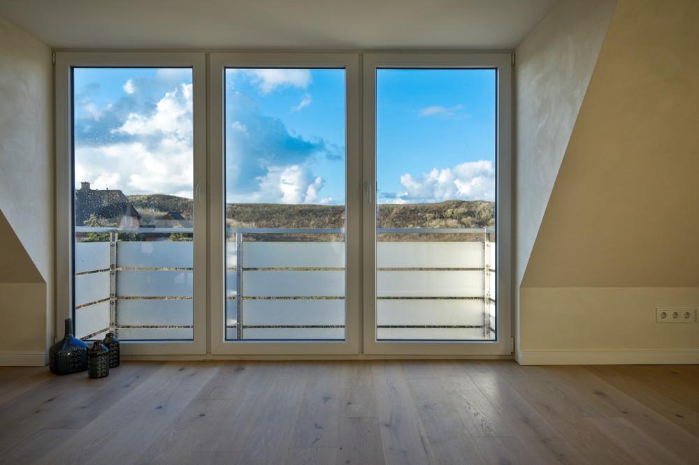 Fensterflächen im Wohnzimmer