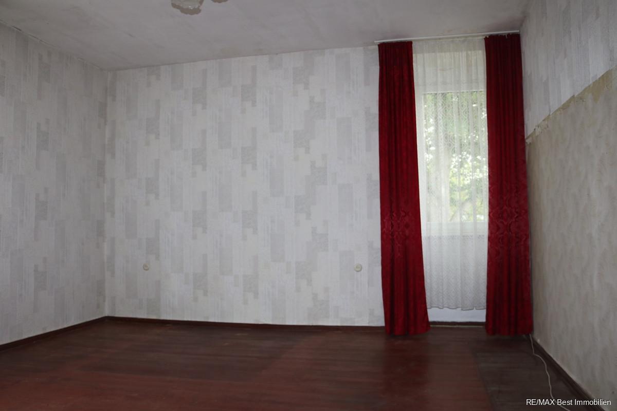 Zimmer 4 1. OG