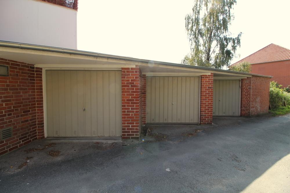 Garagen mit Flachdach