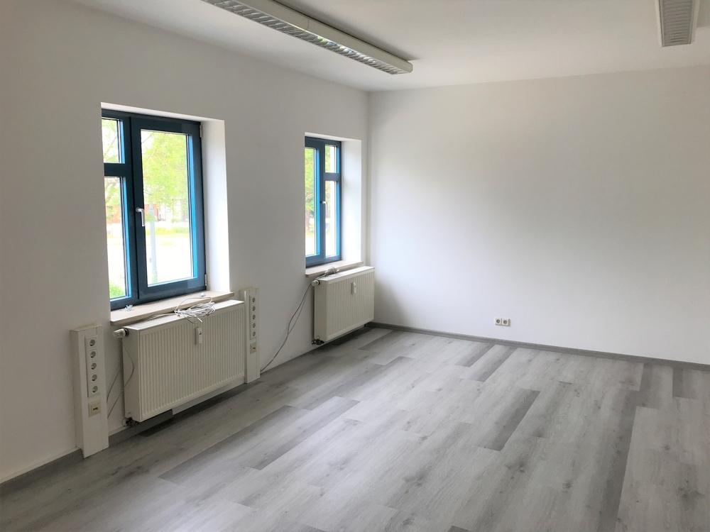Büro 3 (2)