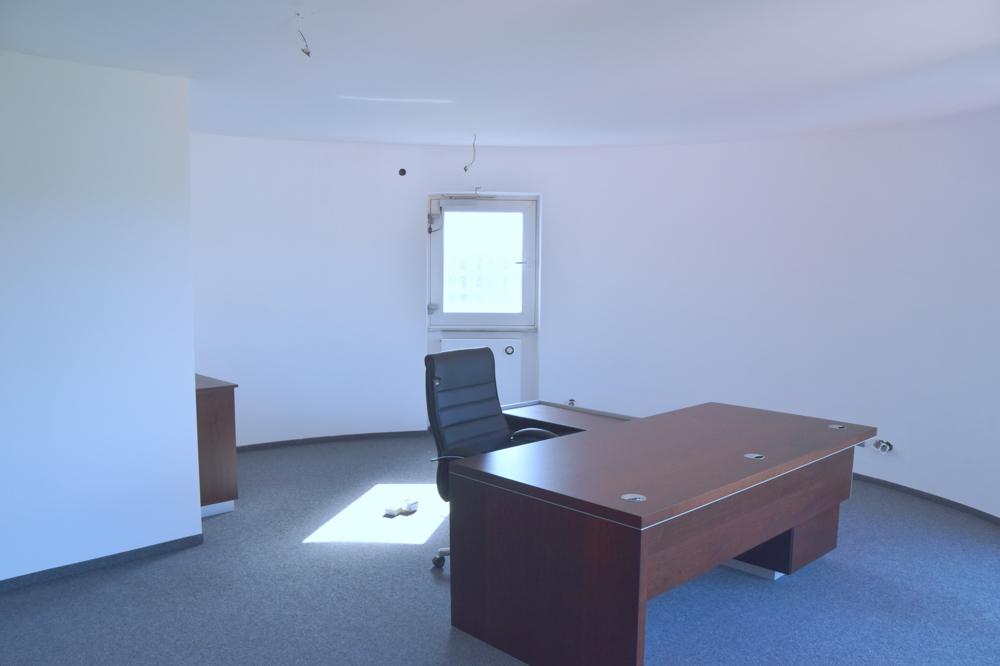 3. Etage großes Büro