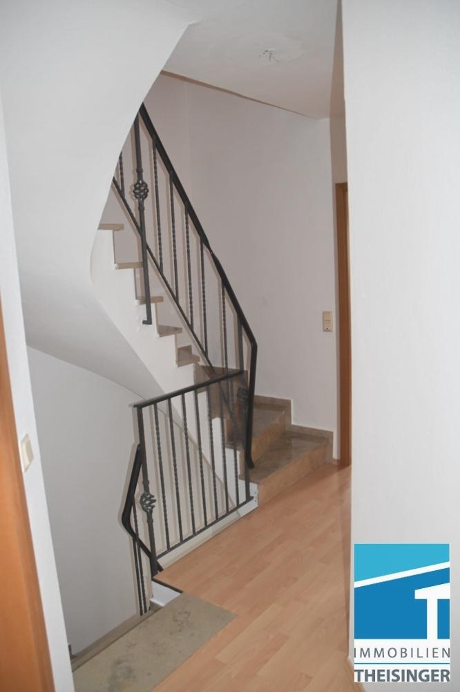 Treppe ins Dachgeschoß