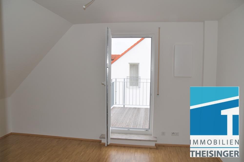 Ausgang vom Schlafzimmer auf den Balkon