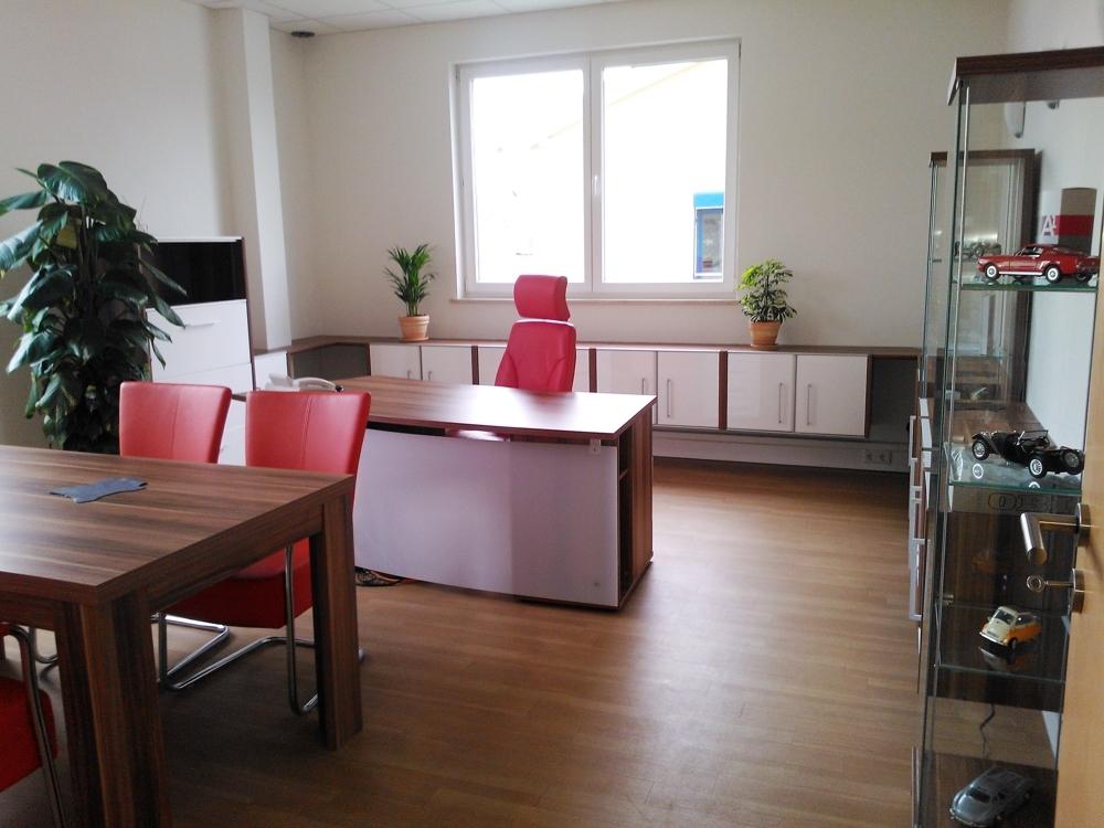 Büro (2)