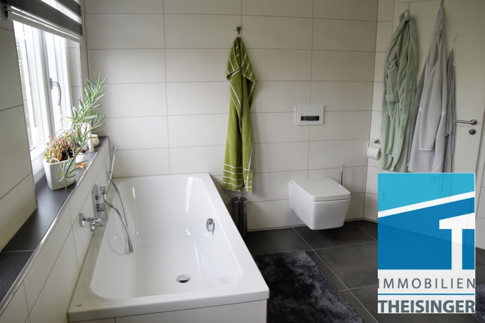 7 Badezimmer mit Wanne