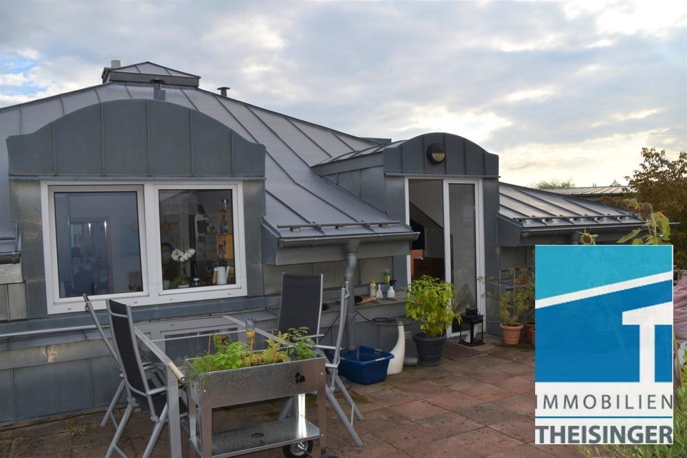 Sicht Küche und Eingang Wohnbereich