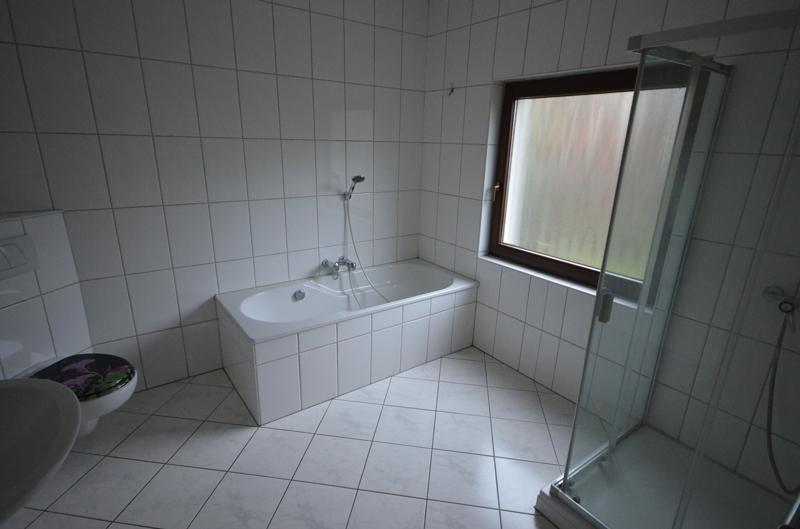 Badezimmer Wohnung 1 EG