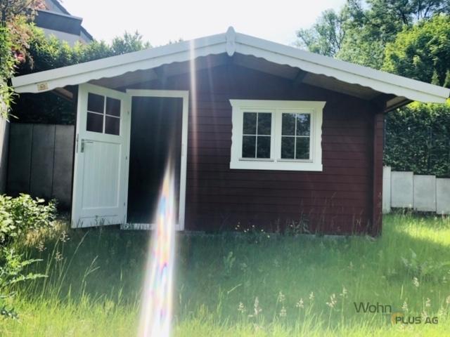 Gartenhaus mit Stromanschluß