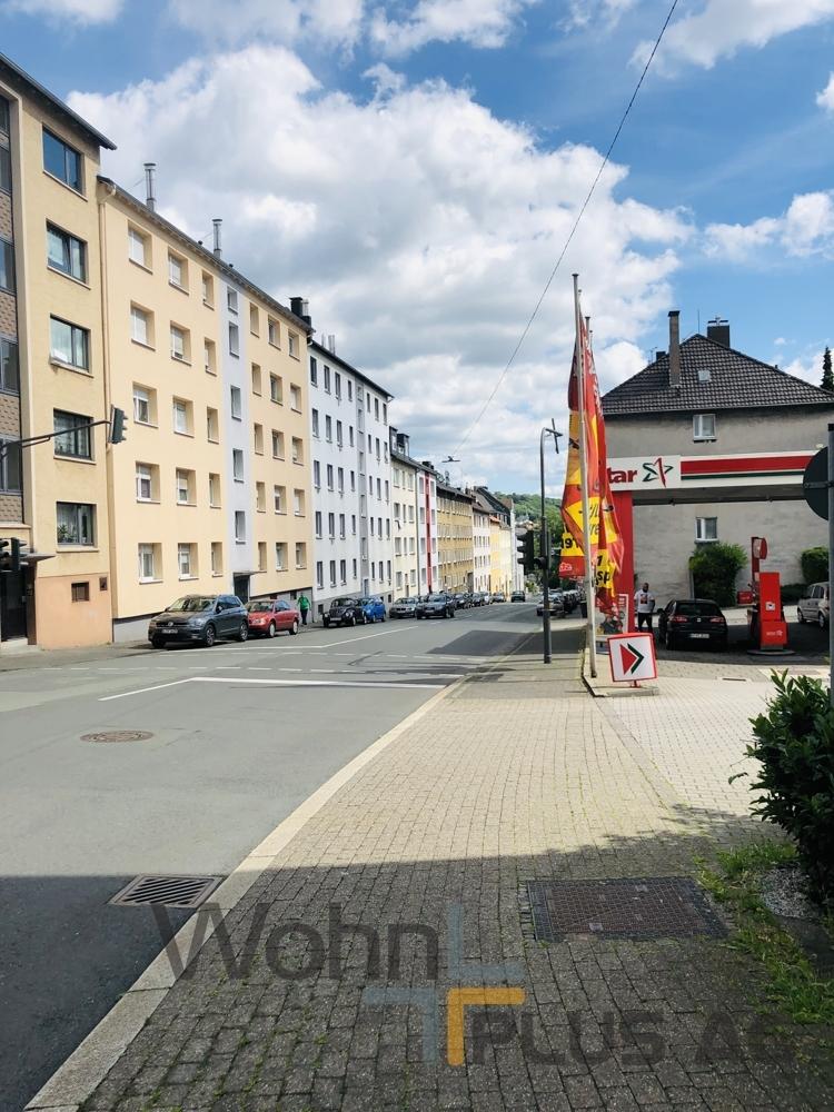 Fassade und Straße WohnPLUS AG