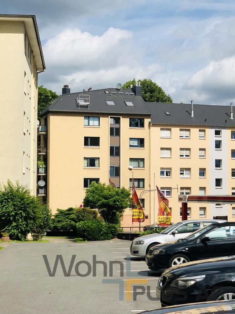 Fassade (neues Dach)WohnPLUS AG