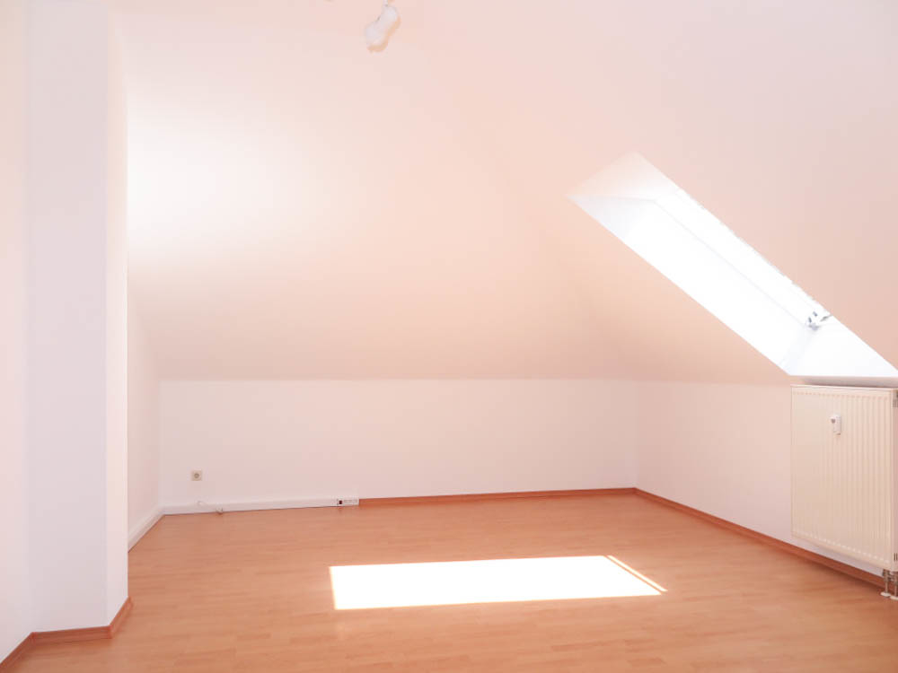 DG 2 Zimmer rechts