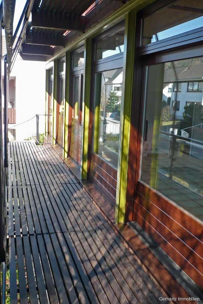 Balkon/Zugang zum OG