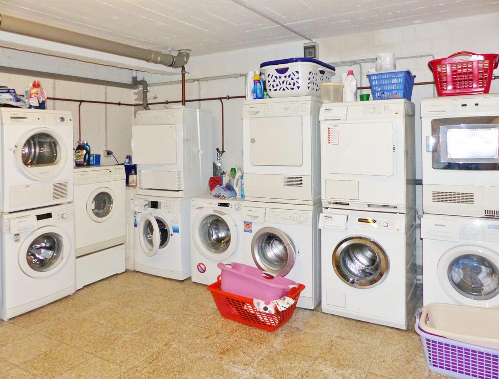Teilans. Waschküche