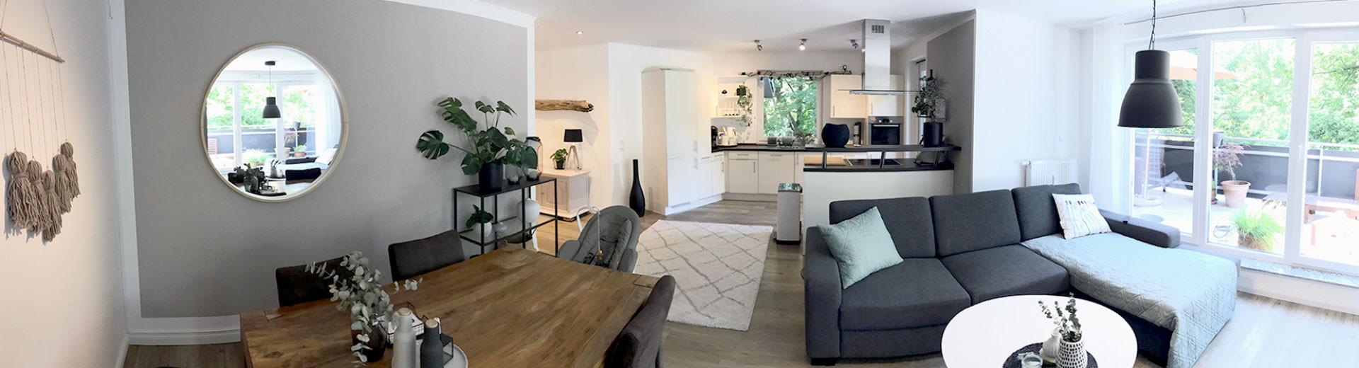 Modernes offenes Wohnzimmer