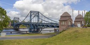 Brücke in Wilhelmshaven