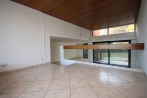 Raum mit Fliesenboden