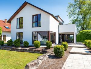 Modernes Einfamilienhaus mit Garten im Geiseltal