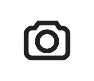 Senioren zeigen Daumen hoch