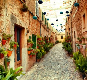 Mediterrane Straße
