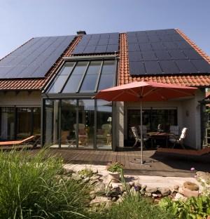 Haus mit Solarzelle