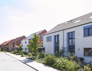 Reihenhäuser mit Wohnungen
