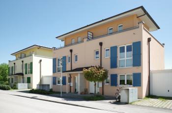 Moderne Zweifamilienhäuser