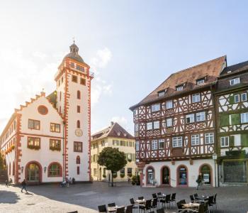 Mosbach Rathaus mit Marktplatz