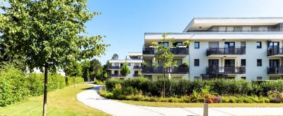 Siedlung von Mehrfamilienhäusern