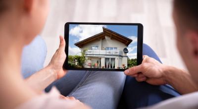 Immobilienvideo auf einem Tablet