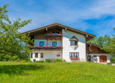 Freistehendes Haus im Grünen
