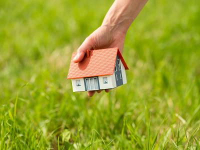 Haus auf Grundstück setzen