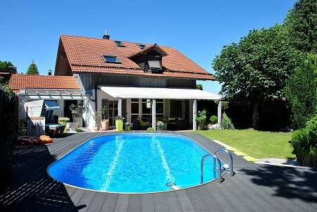 referenz-immobilien-verkauft-muenchen-makler-agentur-rosenheim-schoenes-haus-mit-pool