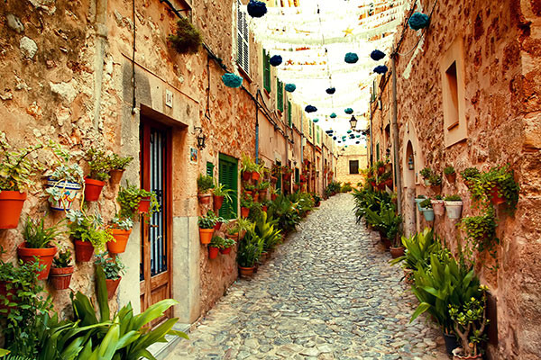 Enge Gasse auf Mallorca