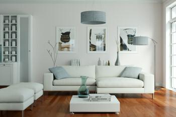 Wohnzimmer mit Sofa-Ecke