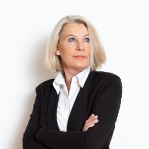 Martina Resch - Prokuristin / Hausverwaltung / Personalabteilung