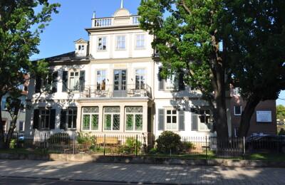 Große Villa