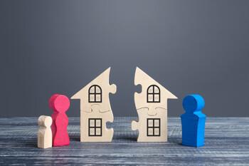 getrennte Hausteile