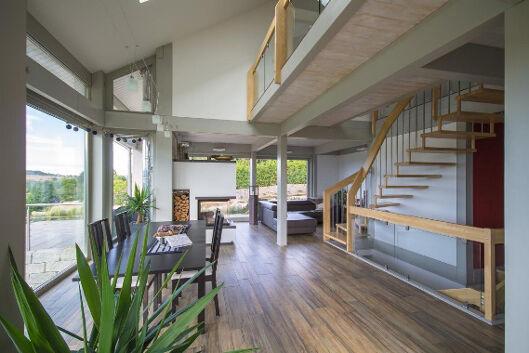 Wohnbereich mit Treppe