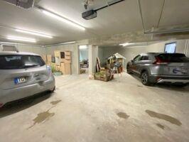 Garage und Fahrradraum
