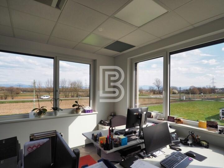 Hochwertige und flexibel teilbare Bürofläche