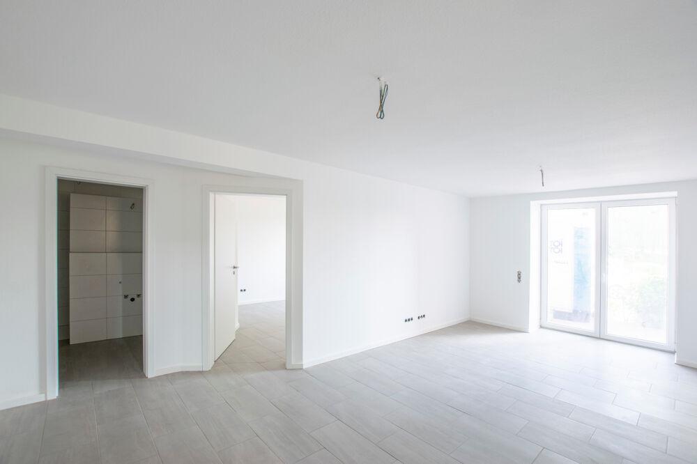 Wohn-/Esszimmer mit offener KücheDSC_0011