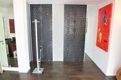 Schiebe-Elemente für Garderobe und zum Flur privater Bereich