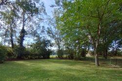 Garten an Naturschutzgebiet
