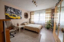 Wohnung 2- 1OG Schlafzimmer 1