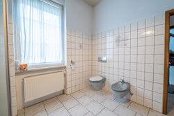 Badezimmer 1 OG (2)